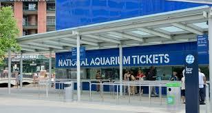 baltimore hotel near national aquarium