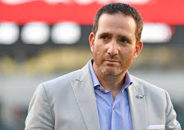 Eagles Howie Roseman has Decision to Make as Trade Deadline Looms
