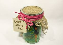 day gifts for a gardener mom