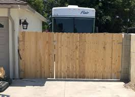Wood Fencing Gates Orange County Ca Santa Ana Anaheim Huntington Beach Costa Mesa Irvine