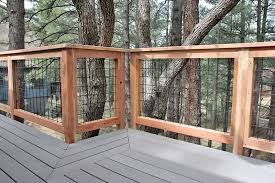 Hog Fence Deck Railing Area Oscarsplace Furniture Ideas Ideal Hog Fence Deck Railing