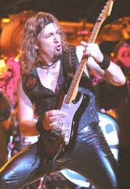 Adrian Smith (Iron Maiden (UK-1))- Perfil de músico