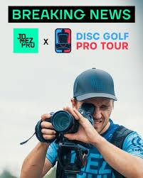 Jomez filming lead card at every DGPT event in 2020 : discgolf