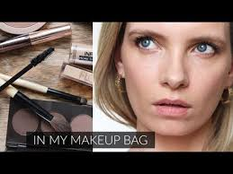 what s in my makeup bag trying it on