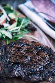 grilled steak with chili coffee rub