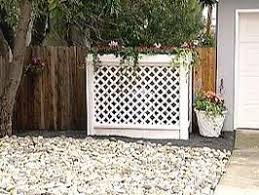 Diy How To Build A Lattice Screen To Hide Garbage Cans Air Conditioner Unit Lawn And Garden Outdoor Gardens Lattice Screen