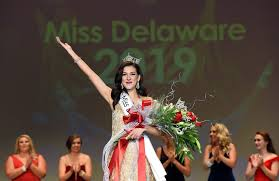 Mount Vernon native Hillary May crowned Miss Delaware
