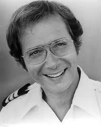 File:Bernie Kopell Adam Bricker Love Boat 1977.JPG - Wikimedia Commons