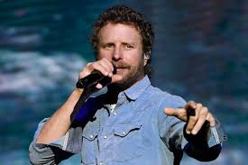 Dierks Bentley Gives $1k To His Restaurant Workers