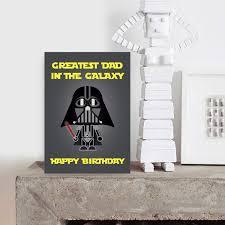 Tarjeta De Cumpleanos De Star Wars Darth Vader Divertida Tarjeta De Humor Papa Padrastro Padre Con Texto En Ingles Greatest Dad In The Galaxy Amazon Es Oficina Y Papeleria