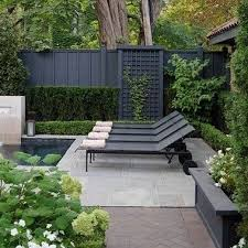 In Today S Thesunday7 Post I M Talking About My Plans For A Black Fence The Perfect Contrast With Our White Bric Black Garden Fence Backyard Fences Backyard