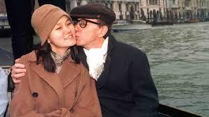 Woody Allen   il regista parla del suo matrimonio celebrato da ...