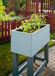 Build A Rolling Raised Bed Garden Better Homes Gardens