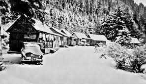 BACK WHEN: Former Log Cabin Resort structures recognized | Peninsula Daily  News