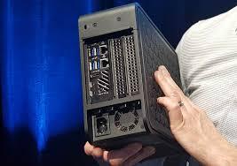 CES 2020] Intel dévoile le NUC Ghost Canyon, un nouveau mini PC à la fois  très puissant et évolutif