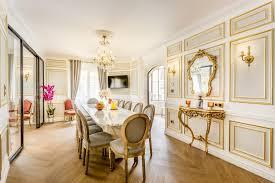 6 bedroom 5 bathroom palace apartment