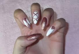 White And Gold Nails Sylwestrowe Paznokcie Semilac Paznokcie