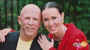 Houston philanthropist Lester Smith has died at age 76 | khou.com