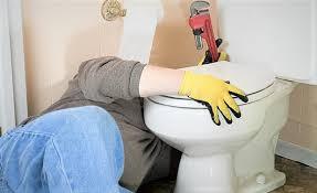 Quelles sont les causes de la fuite dans les toilettes !