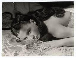 JEAN SIMMONS 1949 Vintage Exotic Portrait BLUE LAGOON | #82888022