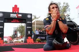 Alex Zanardi travolto da un tir durante una gara di handbike, è ...