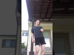 me trying to dance - YouTube
