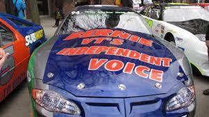 The Moodie Family And Their Wonderful Car Senator Bernie Sanders Of Vermont