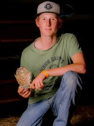 GALLERY: 14yo rider claims major title in Valley rodeo | Chronicle