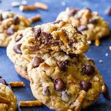 peanut er pretzel chocolate chip