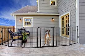 Amazon Com Carlson Pet Products 3 In 1 Weather Resistant Outdoor 144 Inch Wide Pet Gate Pen And Fence Bonus Includes Small Pet Door Pet Supplies