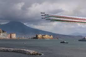 Frecce tricolori attese sui cieli di Napoli giovedì 28 maggio - La ...