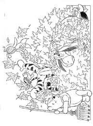 Kids N Fun Kleurplaat Winnie De Pooh Bladeren Vegen