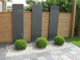 Stunning Privacy Fence Line Landscaping Ideas 1 Modern Garden Landscaping Modern Garden Design Patio Landscaping