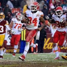 Moar Knile Davis, please: Reviewing the Chiefs RB's recent snaps ...