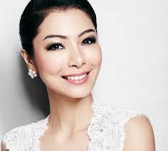 expert makeup artist khai lee s 5 tips