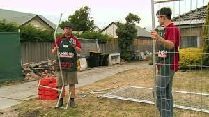 How To Erect Temporary Fencing Diy At Bunnings Youtube