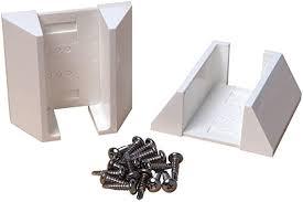 Amazon Com Outdoor Essentials Adjustable White Vinyl Fence Bracket Kit 2 Pack Home Improvement