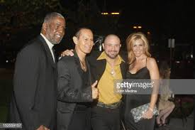 Actor Tony Thompson, Ernie Reyes Sr, Adam Boster & guest pose for a...  Photo d'actualité - Getty Images