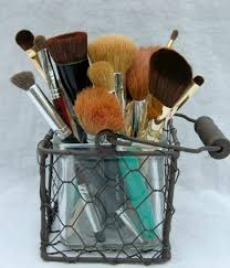 cleaning your makeup brushes a dirty