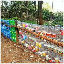 A Fence At The Giraffe Centre In Nairobikenya Made Of Recycled Plastic Bottles Photo By Nicole Wandera Lensq Recycle Plastic Bottles Kenya Recycled Plastic