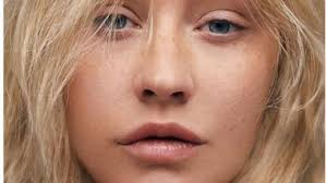 christina aguilera goes makeup free for