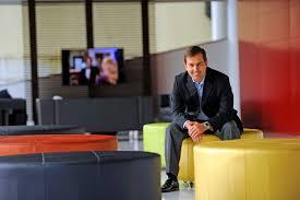 Eduardo Smith participa de bate-papo empresarial na CDL Jovem | Grupo RBS