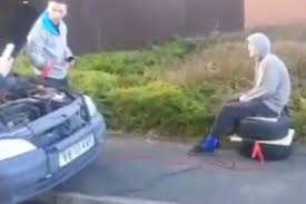 viral shows moment man fractures