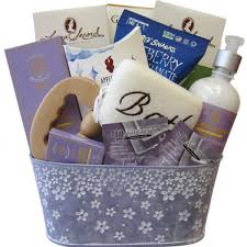 luxury spa gift baskets for her