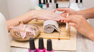 how to start a nail salon