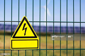 288 Electric Fence Warning Signs Photos And Premium High Res Pictures Getty Images