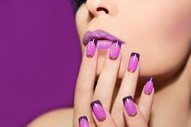 gel nails and acrylic nails