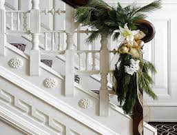 christmas decorations for stairs