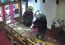 jewellery robbed by men