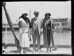 Kansas City mayor Bryce B. Smith, wife Nannie Smith, and daughter ...